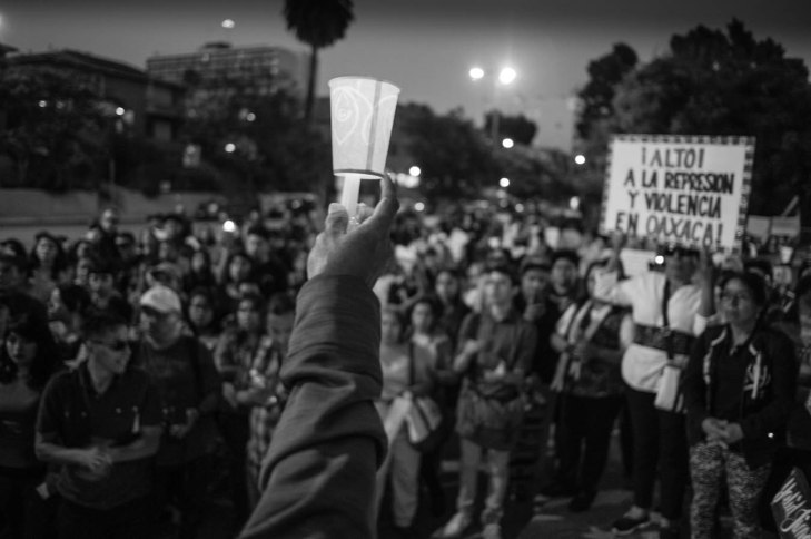 """""""Dios Nunca Muere"""", las luchas por la justicia en México nunca morirán, las balas del gobierno no podrá exterminarlas."""